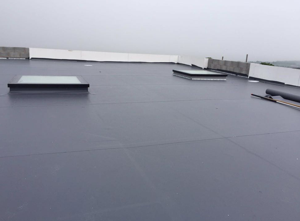 mechanically fixed roof installation
